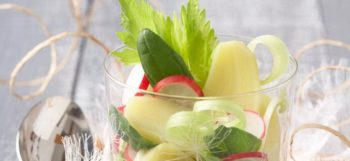 Verrine de pommes de terre Pompadour aux légumes verts