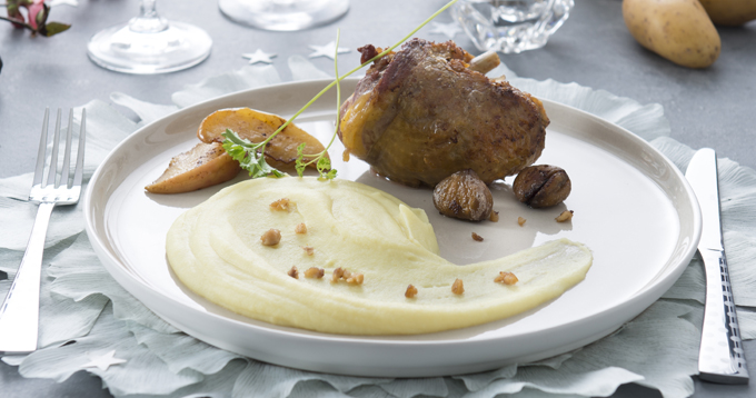 Pintade farcie aux pommes & mousseline de pommes de terre Pompadour