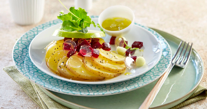 Salade de pommes de terre Pompadour à la gelée de pommes